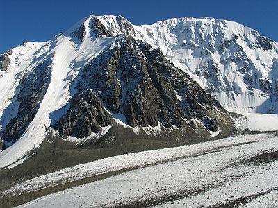 Алтай. Северо-Чуйский хребет.