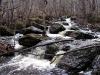 Сеть каскадов ниже по течению от водопада
