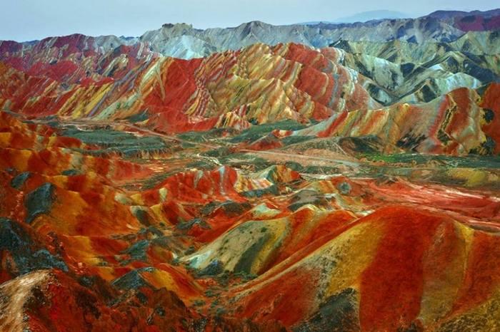 Радужный ландшафт Дэнксия Китай
