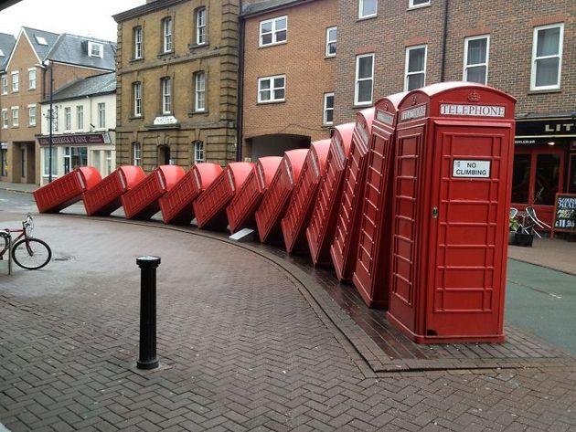 Памятник телефонной будке, Кингстон, Лондон