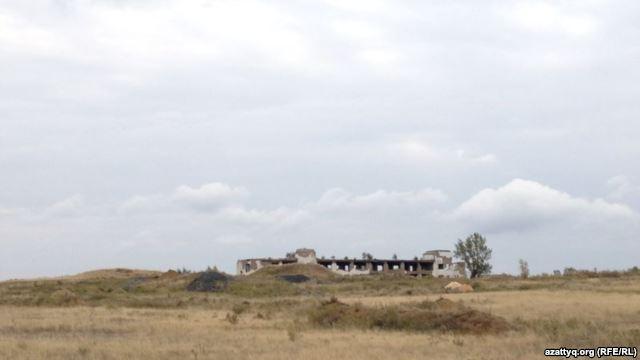 Старый урановый рудник близ села Калачи. Акмолинская область, 7 сентября 2014 года.