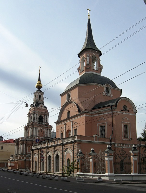 Храм Апостолов Петра и Павла в Басманной слободе