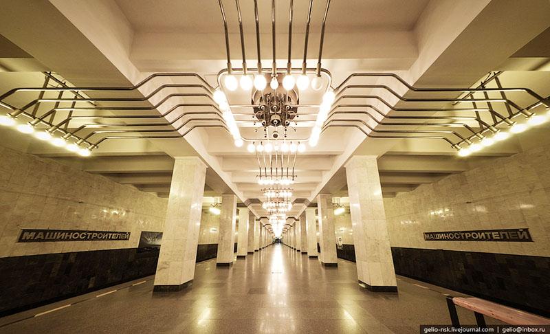 Екатеринбург метро Станция Машиностроителей