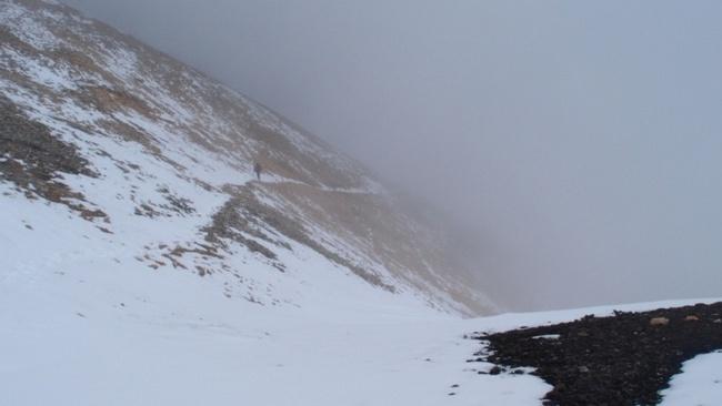 Выход на седловину перевала УАЗА зап.