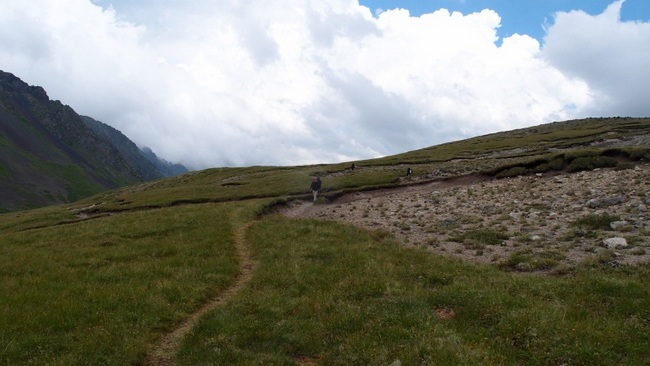 Тропа на плато Ирахитсырт