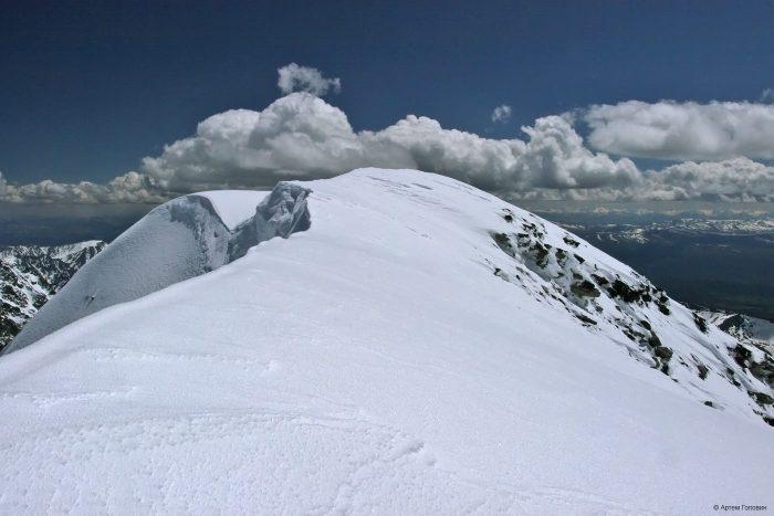 Иикту. 3942 м