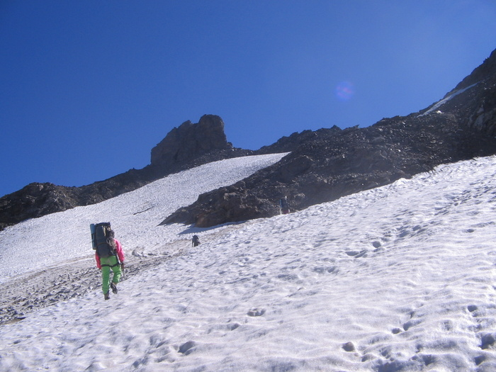 Предперевальный снежный-ледовый взлёт