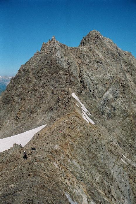 Перевальная перемычка с видом на вершину ВИАтау