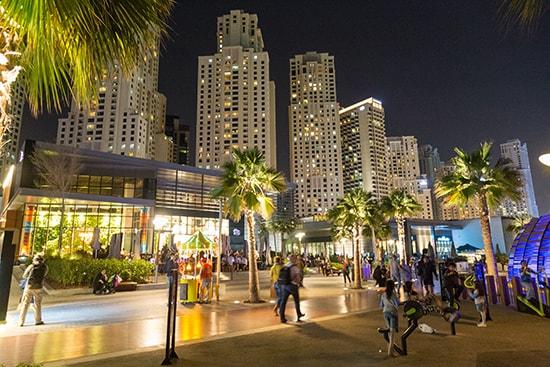 Променад The Walk и торговый центр The Beach в JBR