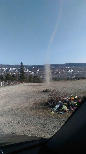 Пыльные «смерчи» в Челябинской области